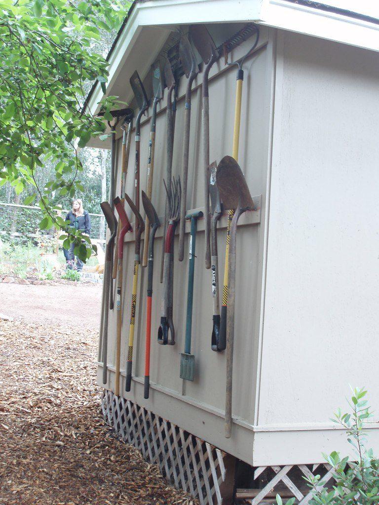 garden storage tool
