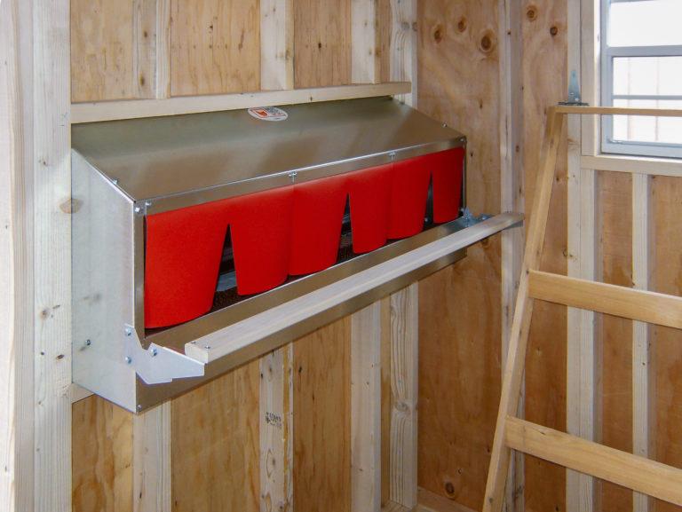 modern rollaway chicken nesting box design 1